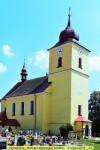 Natírání plechování kostela - srpen 2018